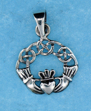 model a767-74 claddagh pendant enlarged view