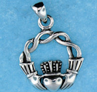 model a767-77 claddagh pendant enlarged view